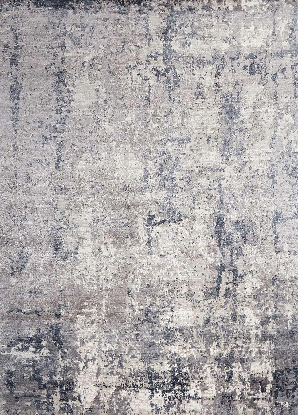 Overhead image of silver Metallicus rug