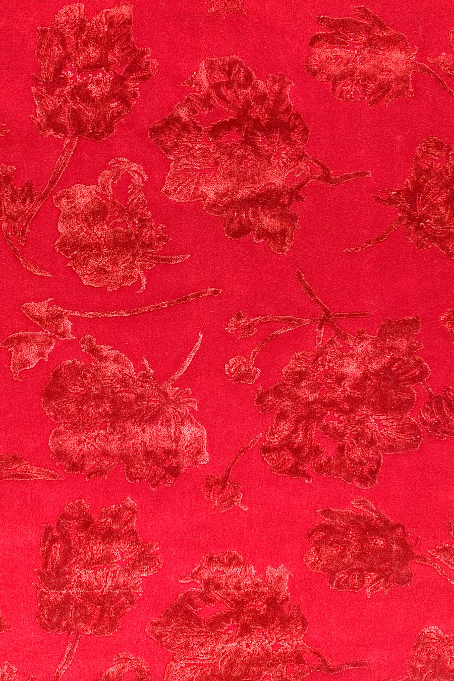 Overhead image of floral Peony rug by Vixen