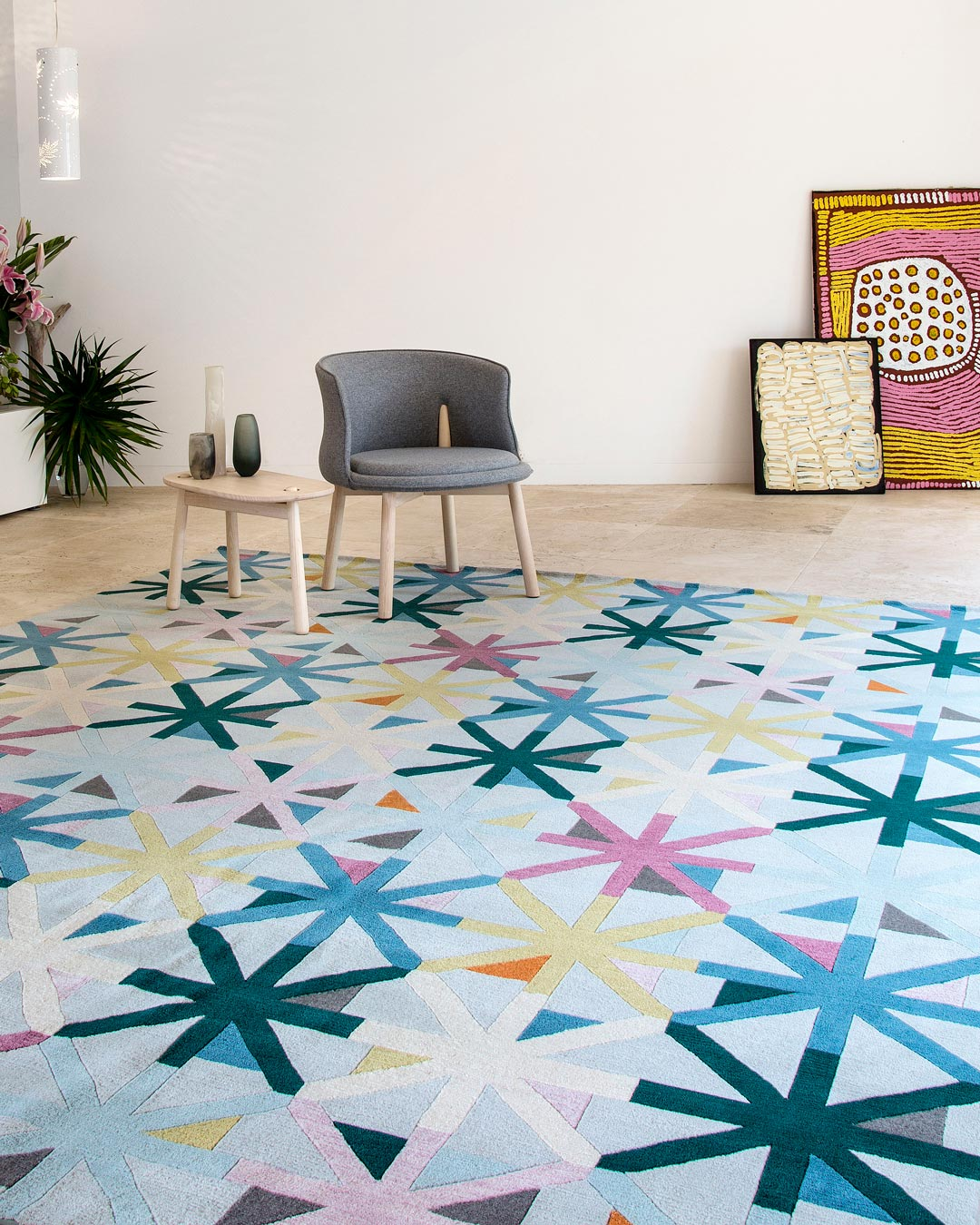 location shot of criss cross rug by bernabeifreeman in multicoloured star pattern