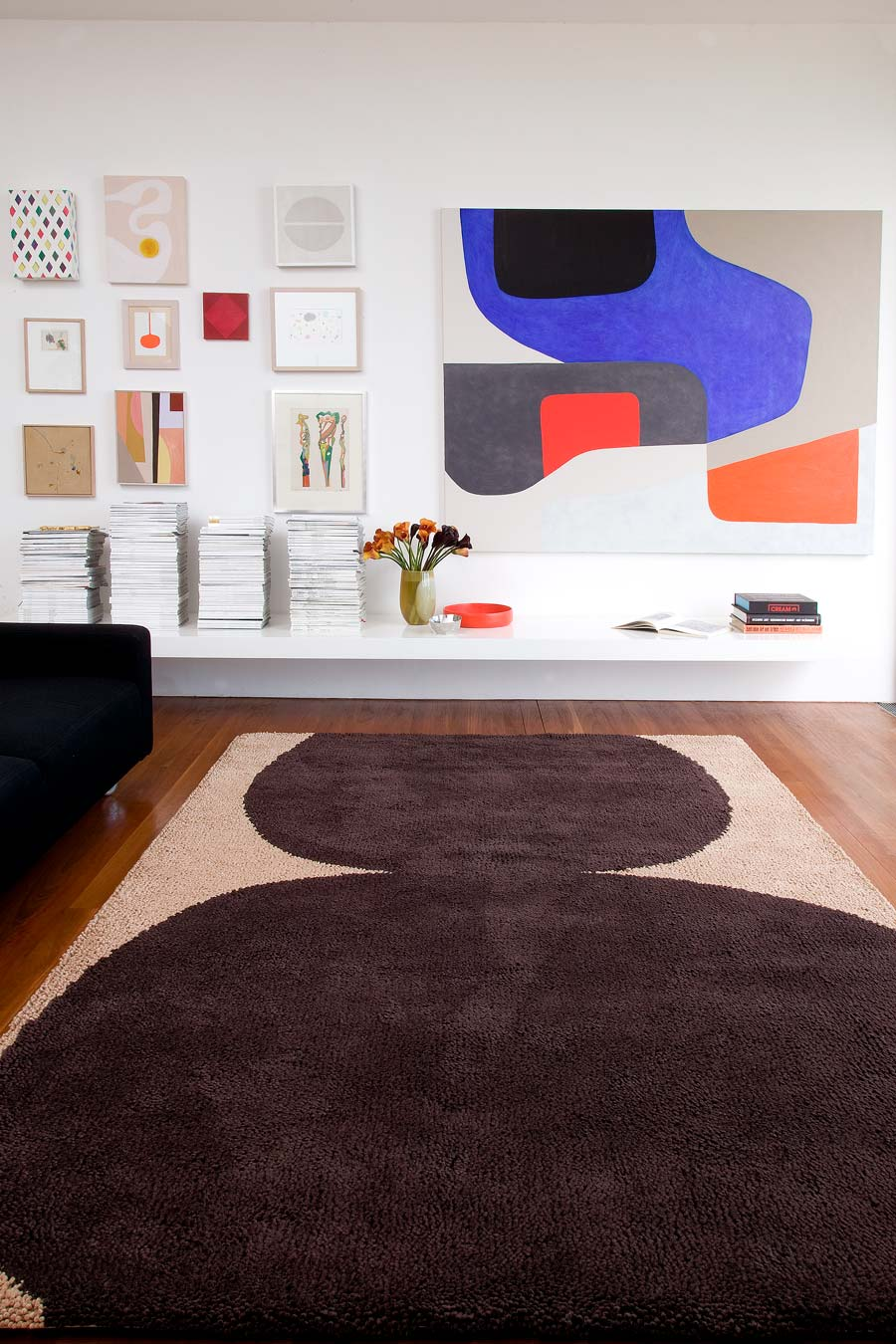 location shot of the kiss rug by dinosaur designs