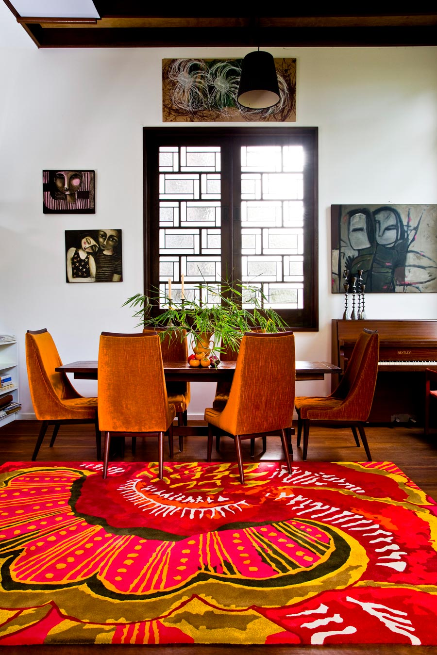 location dining room shot of splendida rug by easton pearson
