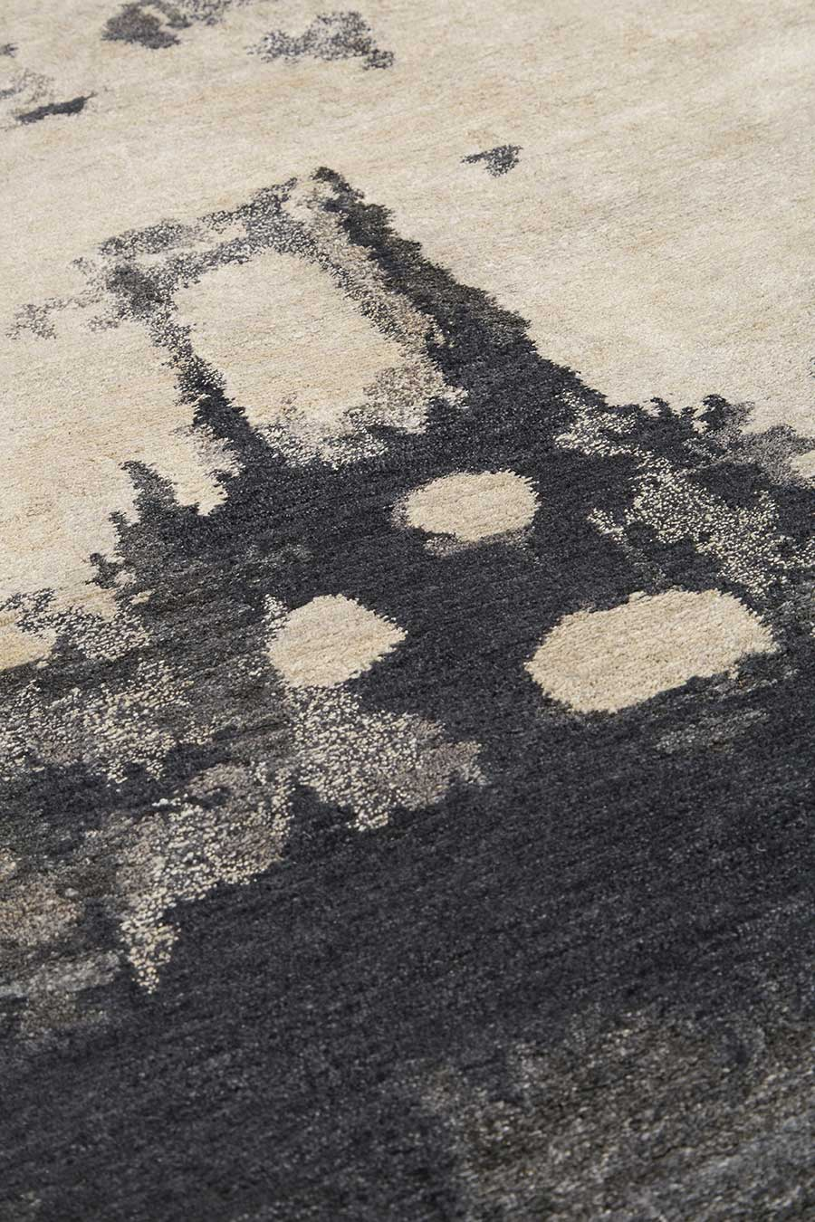 Detailed image of abstract Haze rug by Hare + Klein
