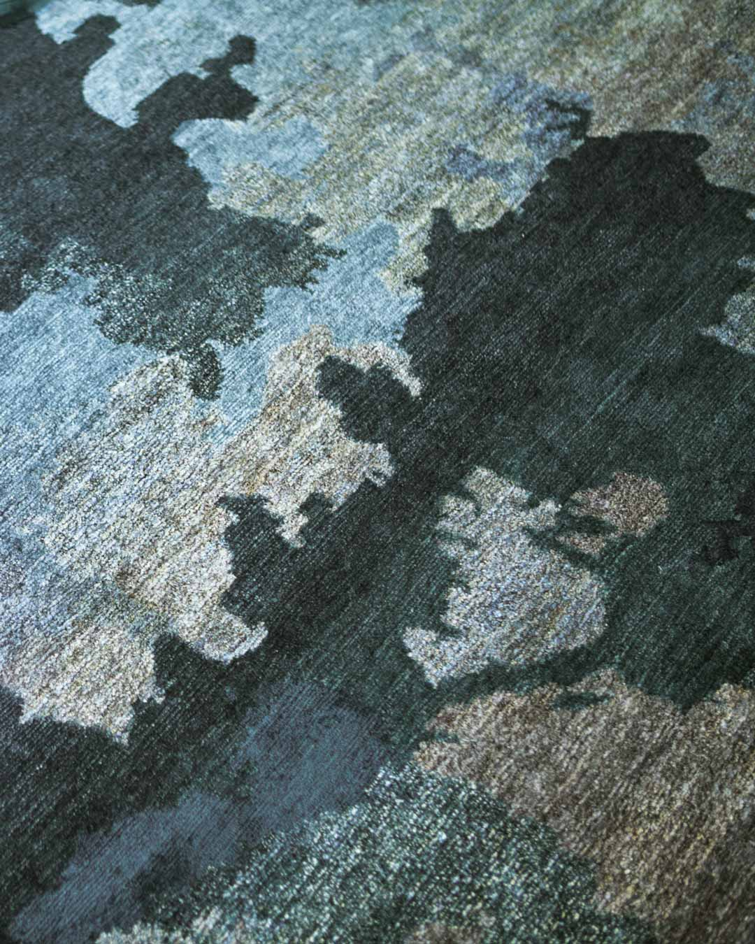 Detailed image of organic Shadows handknot rug by Hare and Klein in blue colour