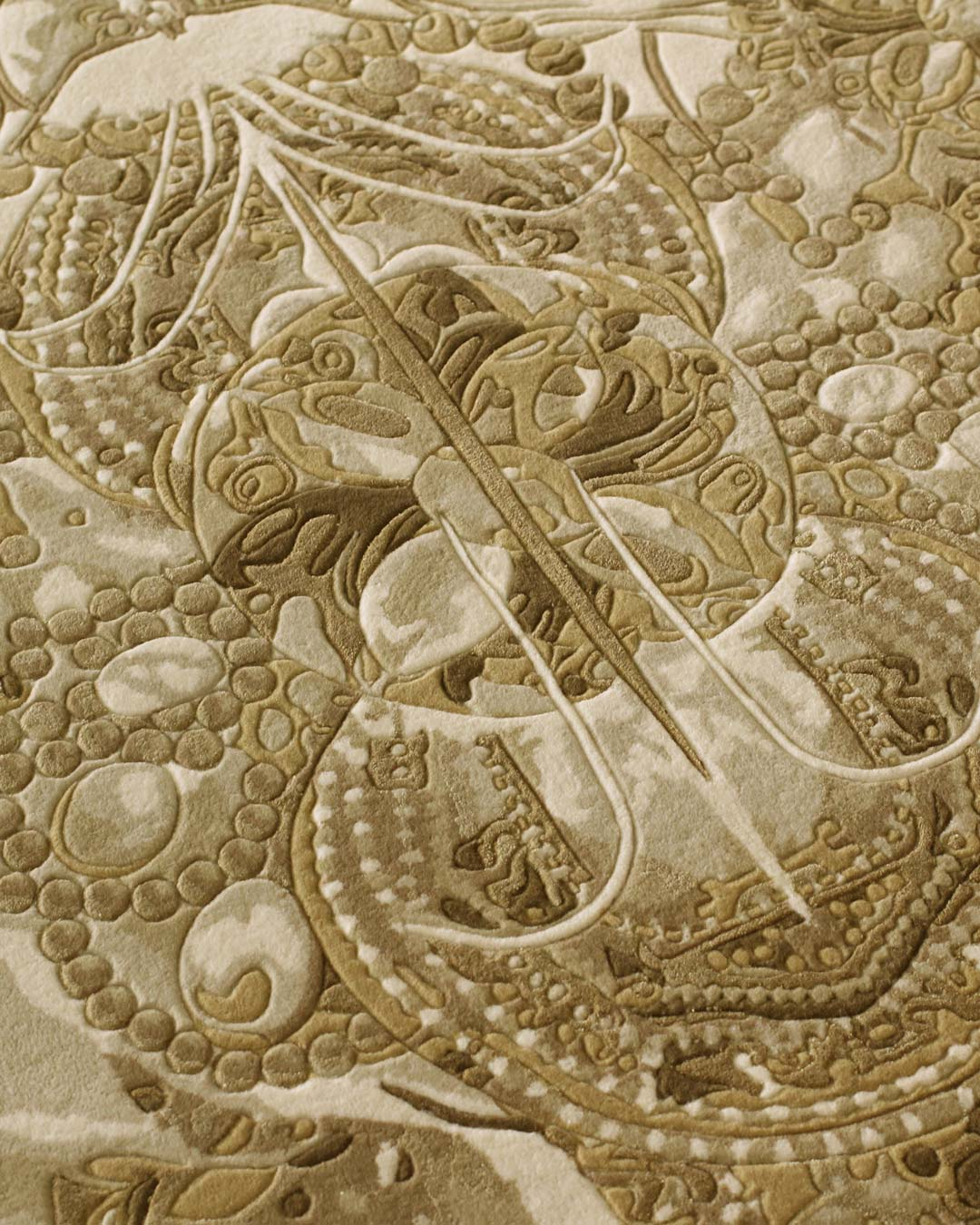 Detailed image of The Palazzo Jewels rug by Megan Hess in gold colour