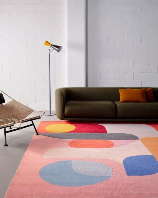 Living room image of modern Flamingo rug by Stephen Ormandy