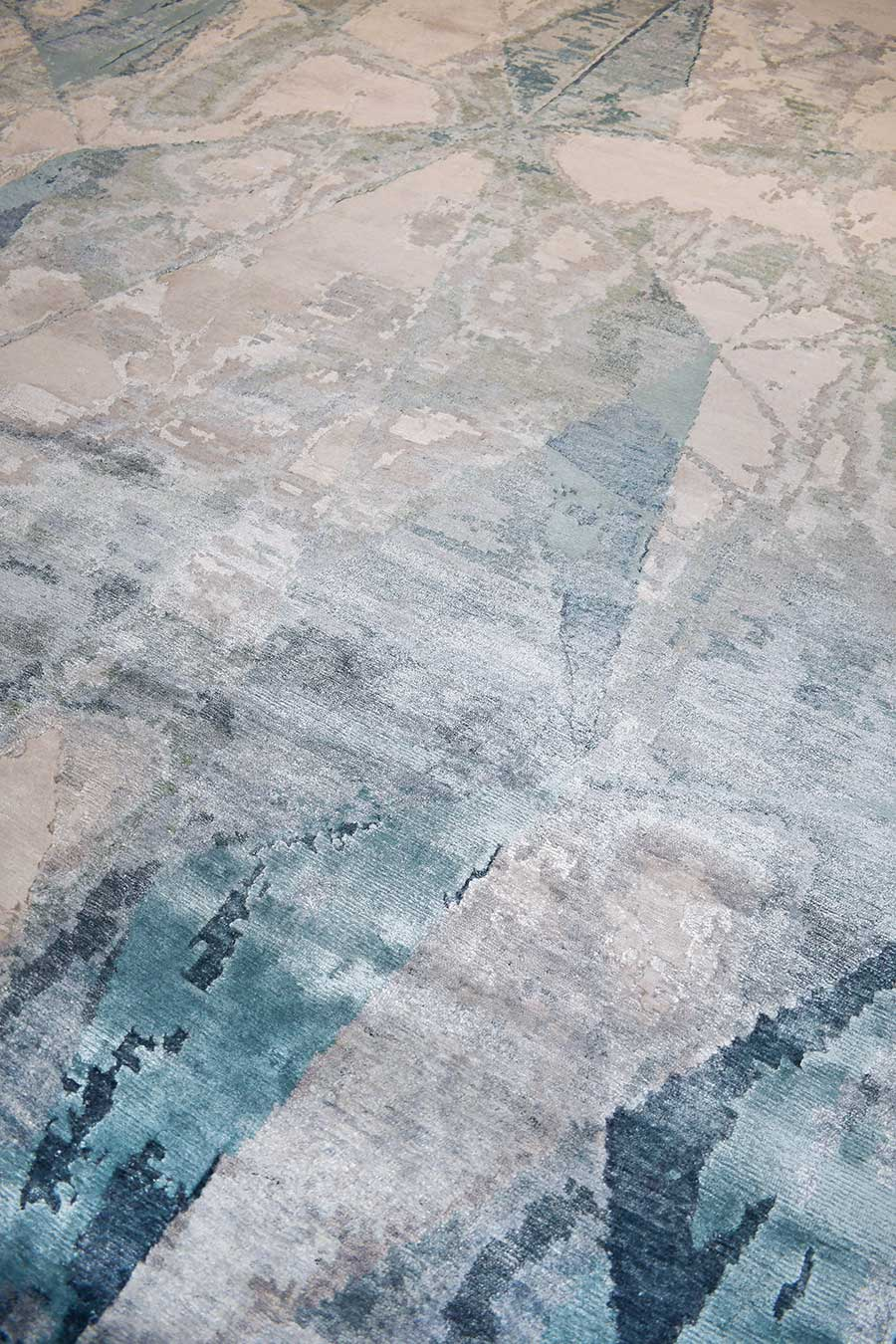 Detailed image of abstract Adonis rug in blue colour
