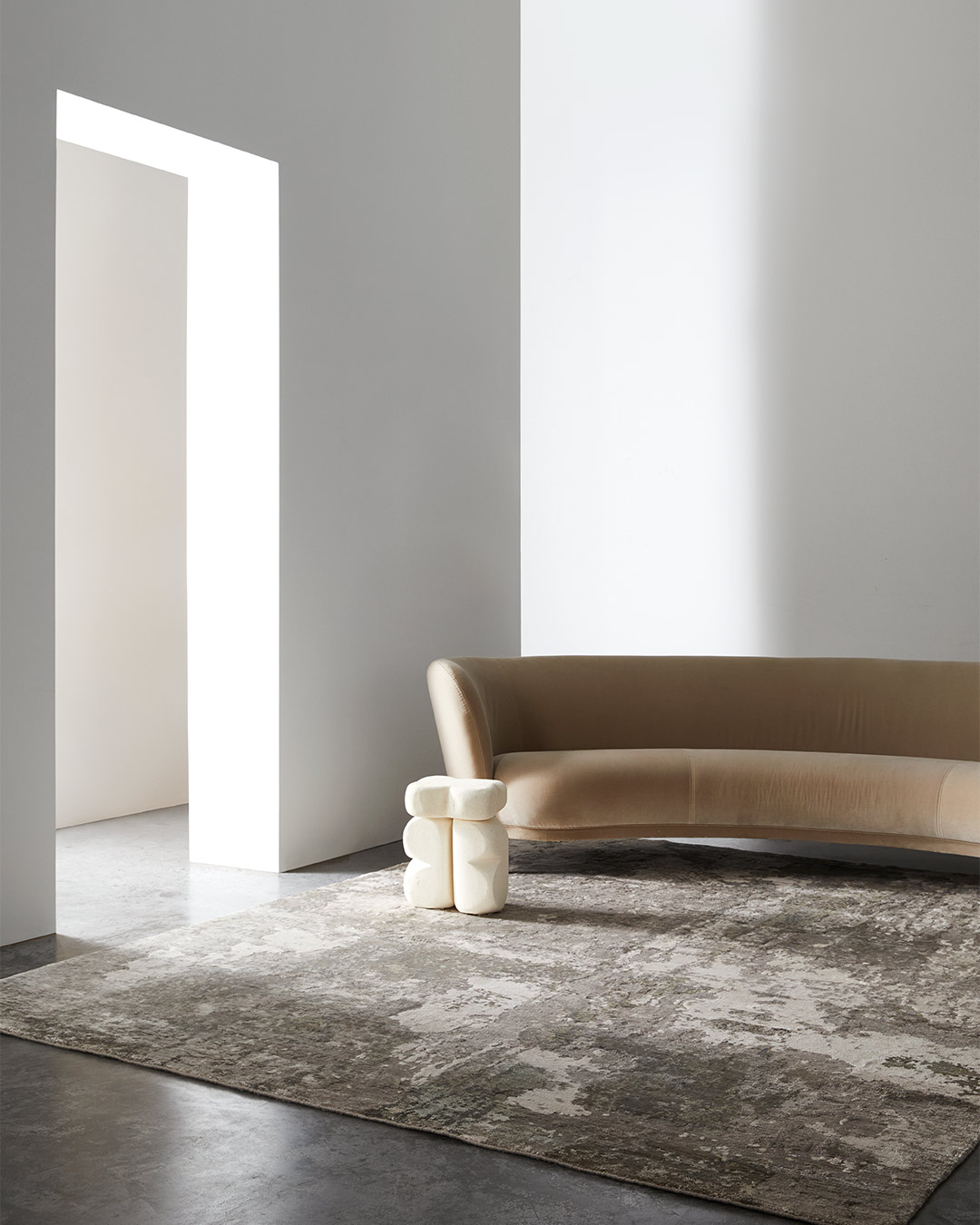 Living room view of Gemini rug in grey colour
