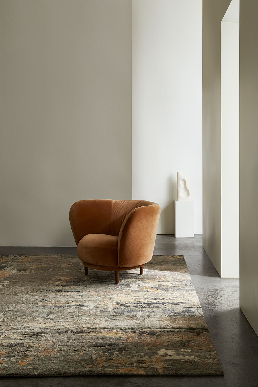 Styled image of Turmeric rug in grey