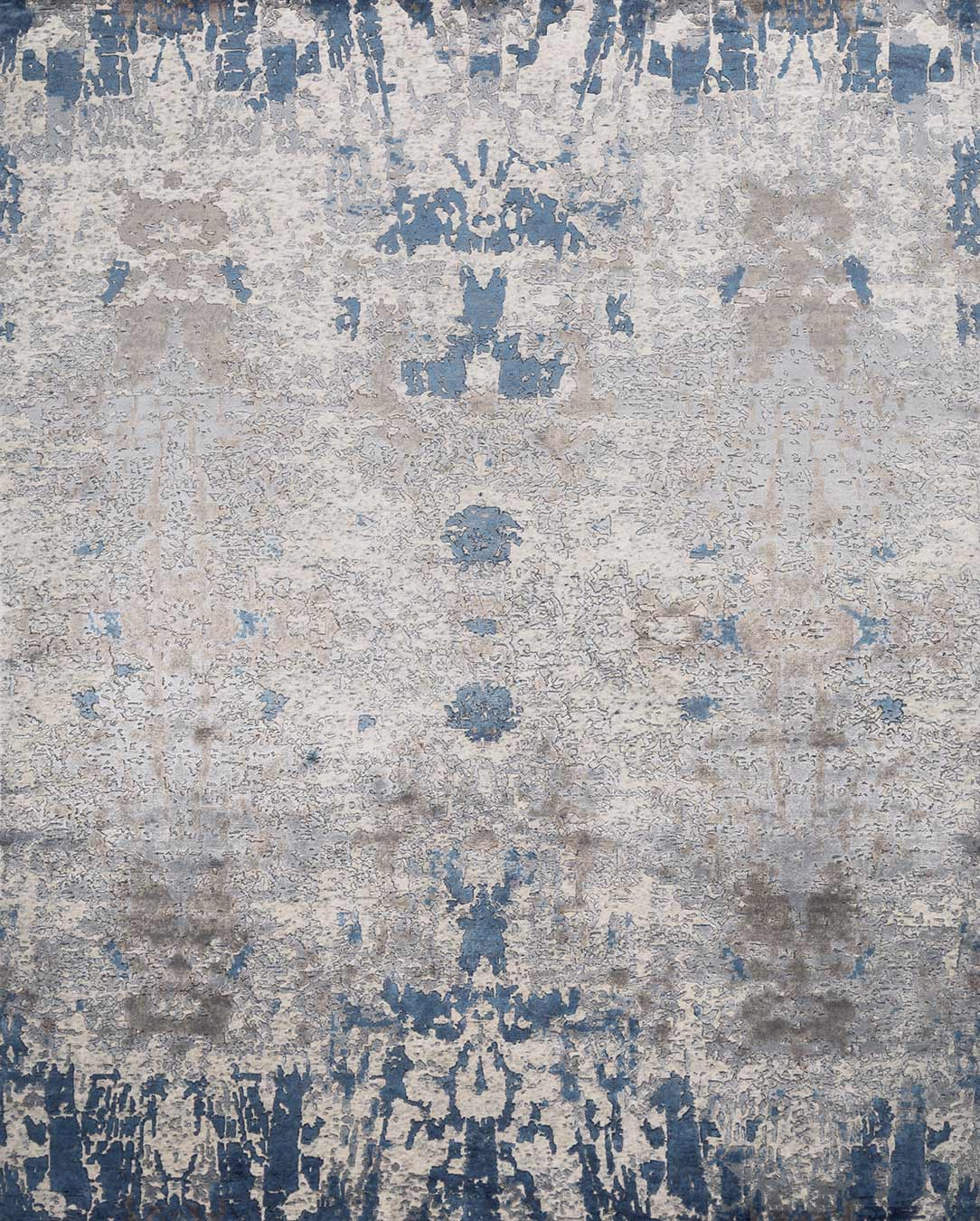 Overhead image of traditional Vernon rug in grey colour