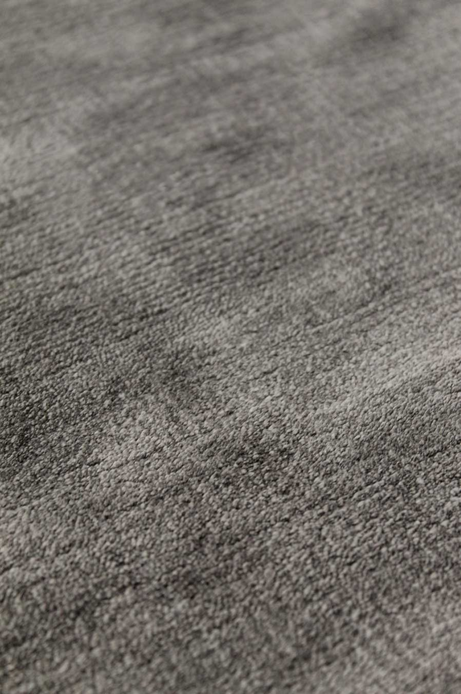 Detailed view of metallic Glam rug in brown colour