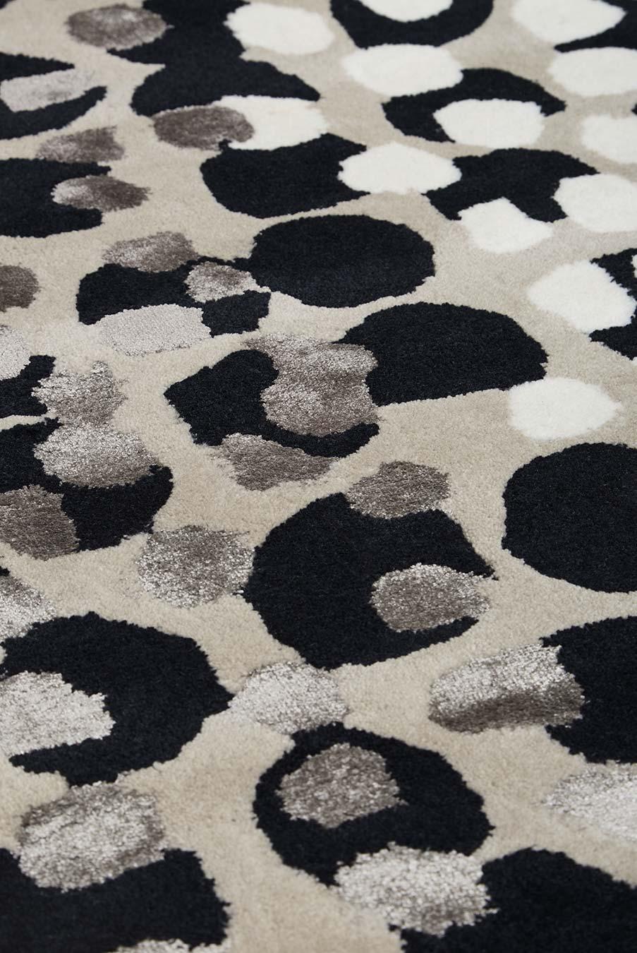 Detailed image of painterly Kusama rug