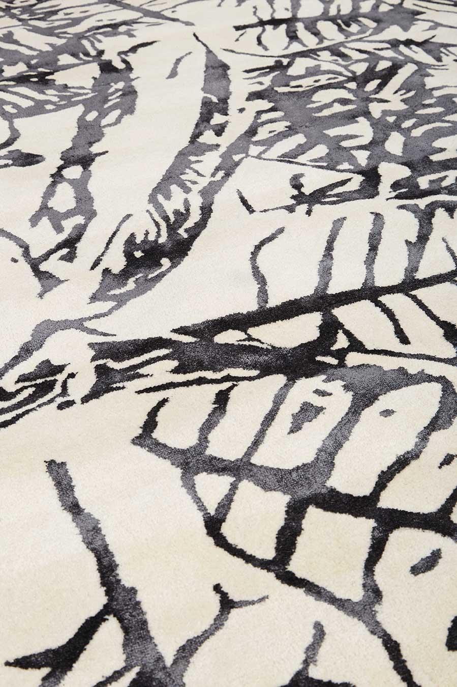 detailed image of botanical Variegated Leaves rug
