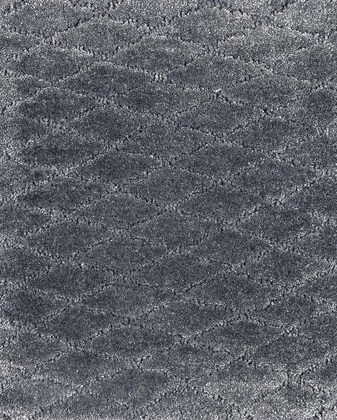 Close up view of textured Diamond Velour rug in grey colour